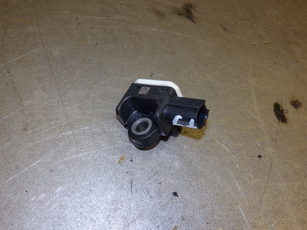 SIDE CRASH SENSOR RIGHT [8M5T-14B342-AC 1523017] | Vok ee